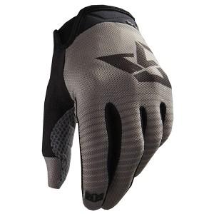 royal-racing-2015-signature-glove-graphite